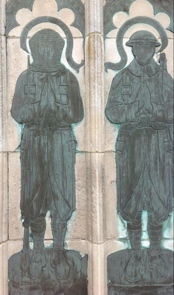 Sledmere Cross Memorial with WW1 Soldiers as Crusaders